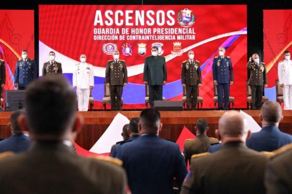 Maduro en acto de ascensos militares: 'Comando Sur y la CIA tienen otro plan para asesinarme'