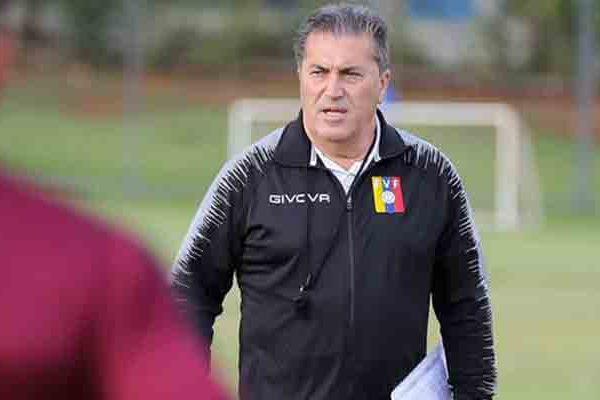 Peseiro renuncia como seleccionador de Venezuela tras un año sin sueldo