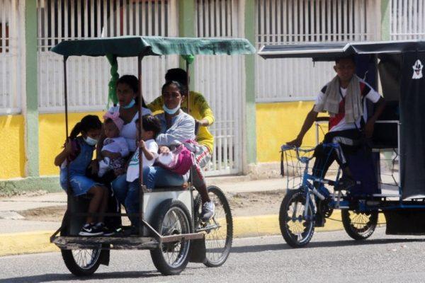 Crónica | Pesca a vela y bicicletas de transporte colectivo: así sobrevive Zulia, emporio petrolero, sin gasolina