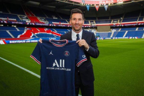 PSG confirma que el salario de Lionel Messi incluirá criptomonedas