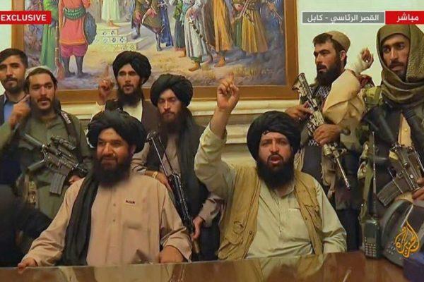 Talibanes dependen de urgente ayuda extranjera para estabilizar la economía afgana