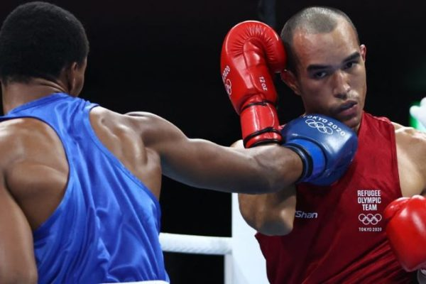 Boxeador venezolano del equipo olímpico de refugiados residirá en Uruguay