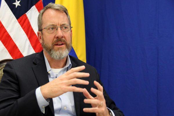 James Story: «Reapertura de la Embajada de EEUU en Caracas depende del diálogo en México»