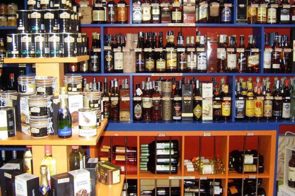 Sector licorero advierte que esquema 7+7 no lo beneficia y contribuye a las ventas ilícitas de alcohol