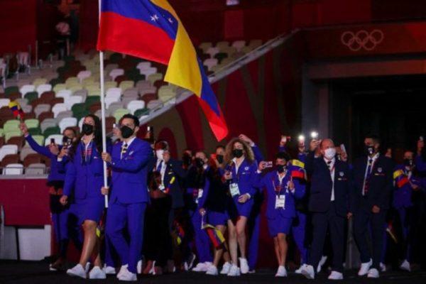 Delegación de atletas que representó a Venezuela en los JJOO Tokio 2020 retorna al país