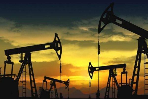 La producción de petróleo venezolano cayó 10.000 bd en agosto, según Argus