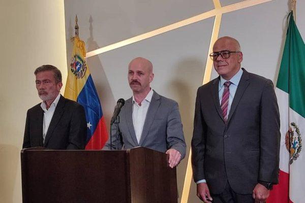 Noruega se marchó de México ante la negativa de Maduro de continuar el diálogo