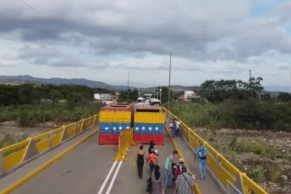 Bernal: Apertura comercial progresiva sería el viernes por Ureña