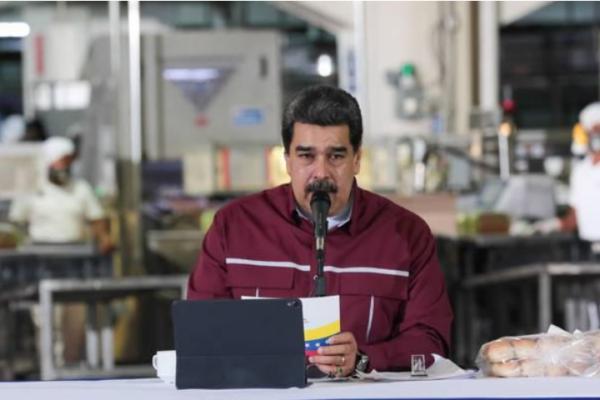 Maduro llama a empresarios colombianos a retomar inversiones tras reactivación de paso fronterizo